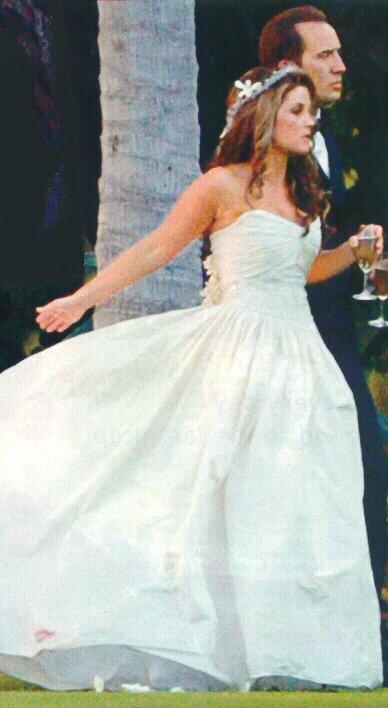 Hollywood Wedding Calm Down