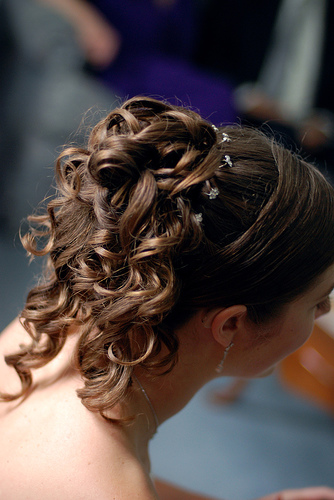 Online Wedding Hairstyle Sources